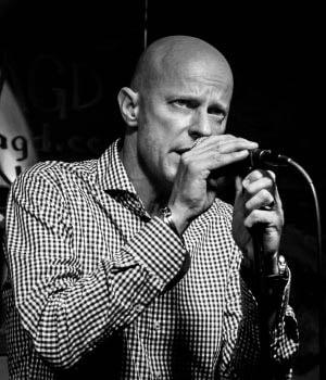 Wolfgang Karl - lead vocalist of Redkin